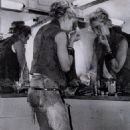 Madonna - 454 x 620