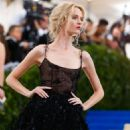 Daria Strokous – 2017 MET Costume Institute Gala in NYC - 454 x 568