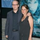 Elizabeth Cohen and Paul Giamatti - 357 x 550