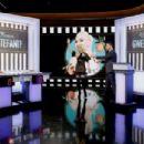 Gwen Stefani at Jimmy Kimmel Live! in Los Angeles - 454 x 304