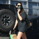 Olivia Munn – makes a stop by Healthy Spot in West Hollywood