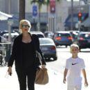 Gwen Stefani strolls through Beverly Hills with her son, Kingston Rossdale