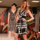 Jennfer Hawkins Modeling At The Myer Spring/Summer Collection Fashion Show In Perth