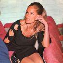 Ursula Andress - 454 x 654
