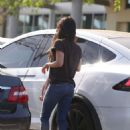 Megan Fox – Shopping out in Malibu - 454 x 600