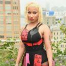 Nicki Minaj – Oscar De La Renta Fashion Show in NY