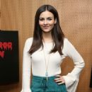 Victoria Justice – The Rocky Horror Picture Show: Let's Do The Time Warp Again Photo Call in NYC 9/26/ 2016 - 454 x 677