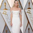 Margot Robbie in Chanel Dress : 90th Annual Academy Awards - Red Carpet