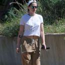 Kristen Stewart – Walking her Dog in Los Feliz