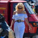 Pamela Anderson walk with her dog in St Tropez - 454 x 680