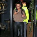 Kim Kardashian – Leaving The Henry Restaurant in Los Angeles