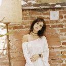 Jennifer Love Hewitt - Photoshoot, 2002