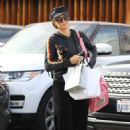 Paris Hilton – Out for shopping in Los Angeles