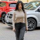 Kourtney Kardashian stops to visit her Grandmother in Calabasas