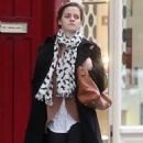Emma Watson grabbed an early lunch with some pals today, September 7, in London