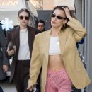 Gigi Hadid and Bella Hadid – Seen heading to the Missoni fashion show