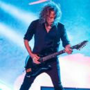 Kirk Hammett of the band Metallica performs live on stage at Autodromo de Interlagos on March 25, 2017 in Sao Paulo, Brazil - 400 x 600