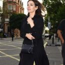 Nigella Lawson out in Notting Hill - 454 x 774