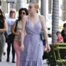 Dakota Fanning – Shopping in Los Angeles