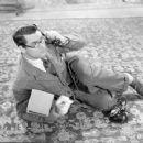 Bringing Up Baby - Cary Grant - 454 x 359