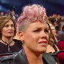 Pink Denies Claims She Cringed During Christina Aguilera's 2017 American Music AwardsPerformance