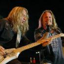 Vince Neil & Dana Strum