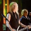 Def Leppard perform at the 2019 Rock & Roll Hall Of Fame Induction Ceremony - Show at Barclays Center on March 29, 2019 in New York City - 432 x 600