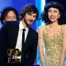 Grammys 2013: Singer Wins Best Alternative Music Album, Best Pop Duo/Group Performance - 454 x 340