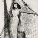 Yvonne De Carlo - 454 x 566