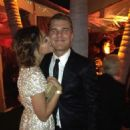 Phoebe Tonkin and Chris Zylka <3 - 454 x 606