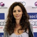 Ana Álvarez - 360 x 240
