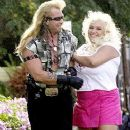 Beth Smith and Duane Dog Chapman - 253 x 432