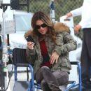 Rachel Bilson – Filming 'Take Two' TV series in Malibu - 454 x 681