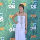 Shailene Woodley - 2008 Teen Choice Awards - Arrivals, Los Angeles - August 3 2008