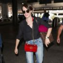 Claire Foy At LAX International Airport (September 18, 2018) - 400 x 600