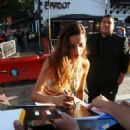 Angela Sarafyan – Signs autographs and greets fans in Hollywood - 454 x 529