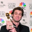 Jim Carrey At The 57th Annual Golden Globe Awards - Press Room (2000) - 454 x 693