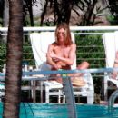Jennifer Aniston - Miami Beach Sunbathing, 03.05.2008.