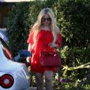 Avril Lavigne in Red out in LA - 454 x 637