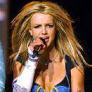 Britney Spears in Super Bowl XXXV Halftime Show - 429 x 573