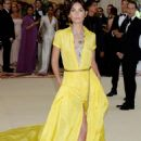 Lily Aldridge – 2018 MET Costume Institute Gala in NYC - 454 x 660