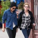 Kristen Stewart enjoys lunch and smoothies with her former assistant-turned-bestie Alicia Cargile on December 24, 2014 in Silverlake, California