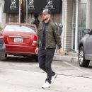 Justin Timberlake makes a stop at Au Fudge restaurant on April 9, 2016 - 454 x 388