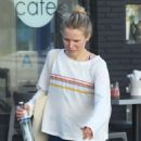 Kristen Bell – Leaving a pilates class in Los Feliz