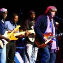 Guitarist Mick Taylor of The Rolling Stones and Buddy Guy perform live during The Experience Hendrix Tour on October 17th, 2007 - 454 x 312
