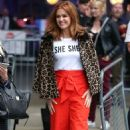 Isla Fisher at BBC Broadcasting House in London - 454 x 745