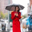 Emily Ratajkowski – Pictured on a Rainy Day in New York City