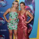 Candace Cameron Bure and Natasha Bure – 2018 Teen Choice Awards in Inglewood - 454 x 650