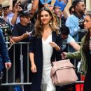 Jessica Alba Arrives at The View in New York - 454 x 700