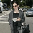 Courteney Cox Shops For Home Interiors On Melrose Ave's Design Within Reach 2008-04-08